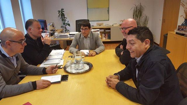 Reunión de Negueruela con representantes Eroski