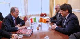 Puigdemont se reúne con Romano Prodi en su visita a Italia