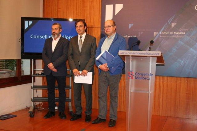 Miralles presenta el  Plan de Subvenciones de Cultura y Dinamización Lingüística