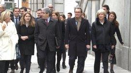 """Mas hará gira en Bruselas, París y Ginebra para explicar la """"persecución judicial"""" del Estado"""