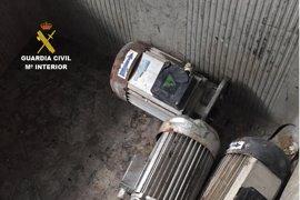 Tres personas detenidas en León por el robo de material en el interior de una gravera