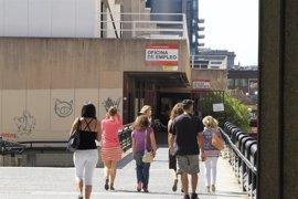 El desempleo cae un 9,3% en marzo en la capital en el último año
