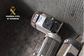 Tres detenidos por robar material en una cantera de Santovenia de la Valdoncina