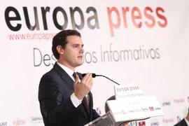 """Rivera apuesta por una """"revolución educativa"""" en España: """"Estamos en el vagón de cola porque la velocidad es muy lenta"""""""