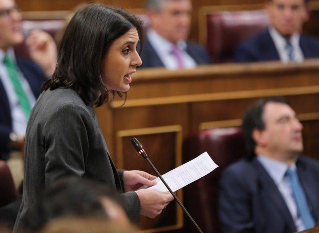 Irene Montero en la sesión de control al Gobierno en el Congreso