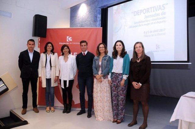 Torralbo y Guijarro (centro), junto a los ponentes de las jornadas
