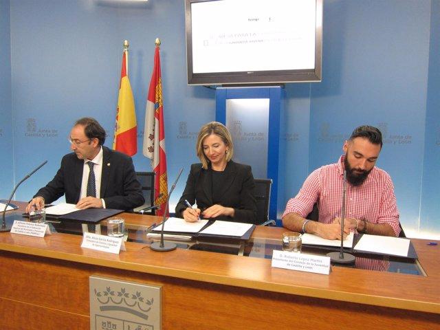 De izquierda a derecha Polanco, García y López
