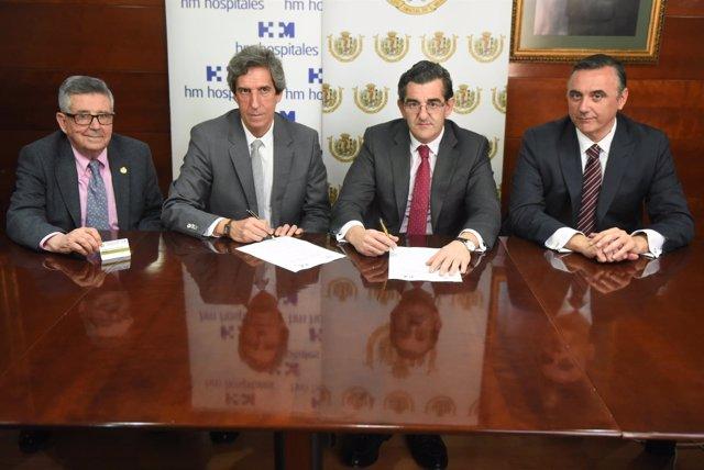 Firma del acuerdo entre el Colegio de Médicos y HM Hospitales