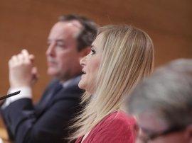 """Cifuentes rechaza las enmiendas de Podemos a los presupuestos, que buscan """"sustentar un discurso ideológico"""""""