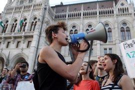 El Parlamento húngaro aprueba una ley que aboca al cierre a la universidad de Soros