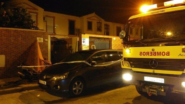 Vivienda donde se ha registrado el incendio con tres fallecidos en Jerez