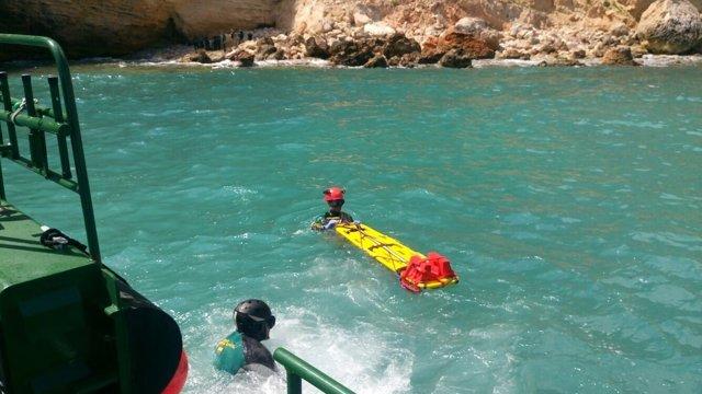 La Guardia Civil rescata en Melilla un cadáver
