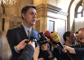 """Albiol celebra que el TC """"defienda el Estado de derecho en Cataluña"""" y critica el """"camino alocado"""" de Puigdemont"""