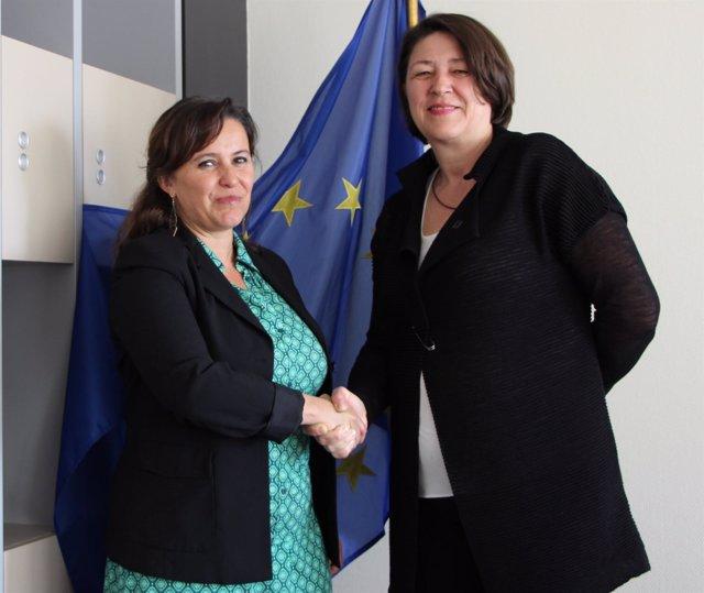 Ana Miranda (BNG) y la comisaria de Transportes, Violeta Bulc