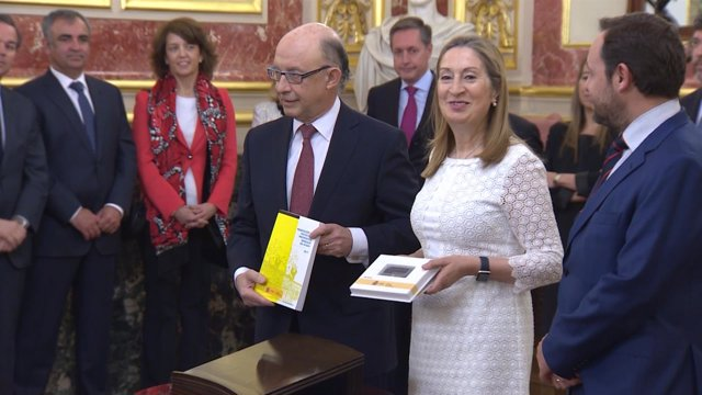 """Montoro presenta los PGE que """"impulsan el empleo"""""""