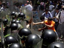 """Almagro condena la """"brutal represión"""" en una protesta para pedir la destitución de los magistrados del TSJ"""