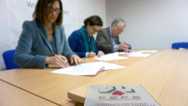 Firma del Convenio colectivo de FEFE