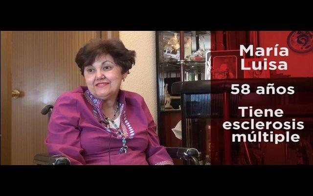 María Luisa, enferma esclerosis múltiple y dependiente: 'Cuando más ayuda necesito es cuando me la bajan' #10Años10Voces