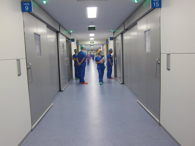 Hospital, operación, médicos, quirófano, vall d'hebron