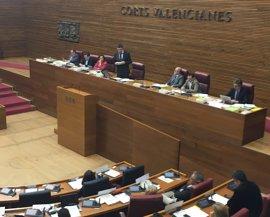 Las Corts rechazan los presupuestos y convocan a los diputados valencianos a una reunión el 25 de abril