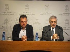 """Llamazares (IU) censura que el Gobierno se haya convertido en """"administrador concursal"""" del país"""