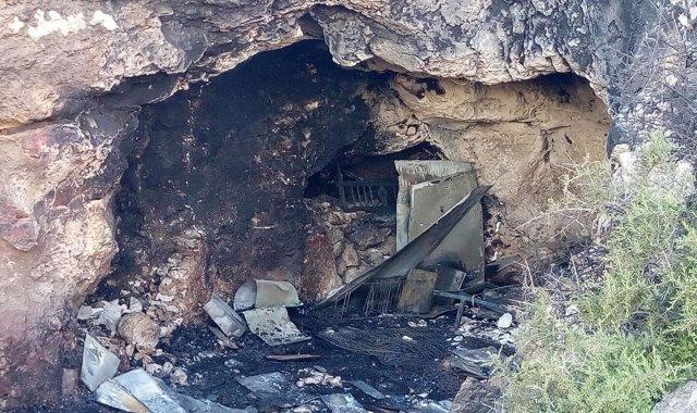 Cueva de Almería en la que murieron dos menores y un joven