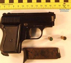 Un detenido en Ayamonte tras irrumpir en un supermercado con un arma de fogueo y robar la caja
