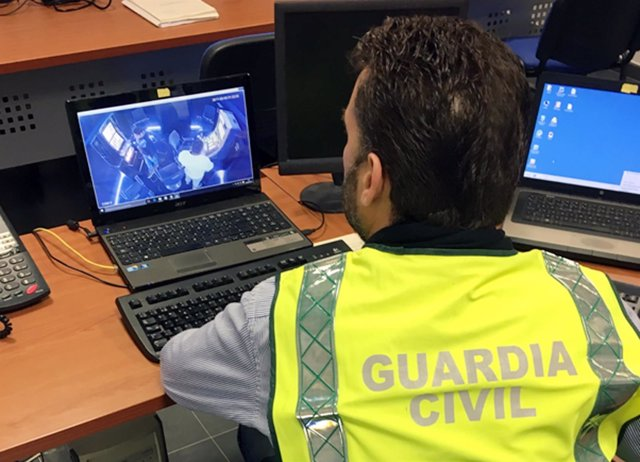 La Guardia Civil Desmantela Un Grupo Criminal Especialista En Manipular Máquinas