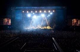 La modificación de la ley de espectáculos que prevé el acceso de menores a conciertos inicia su andadura en las Corts