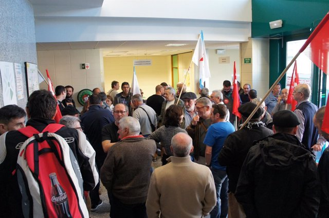 Pensionistas ocuparon las oficinas de la Seguridad Social en Vigo