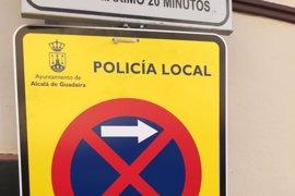 PP de Alcalá de Guadaíra dice al Ayuntamiento que no puede prohibir aparcar en el centro toda la Semana Santa