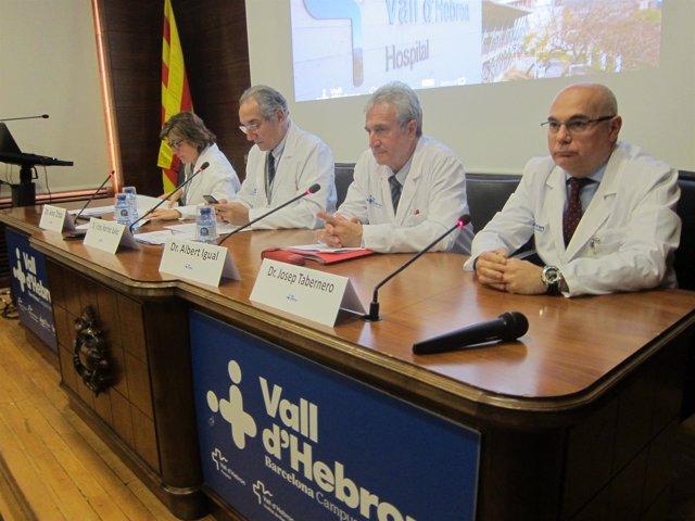 A.Ochoa; V.Martínez Ibáñez, Albert Igual y J.Tabernero (Hospital Vall d'Hebron)