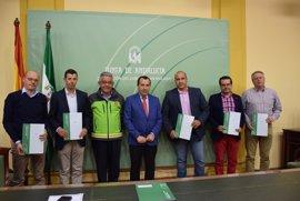 La Junta entrega certificados de homologación definitiva de los planes de emergencia de cuatro municipios de Málaga