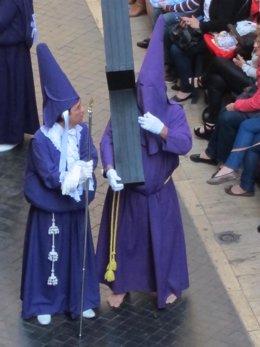 Nazareno descalzo en procesión la 'Mañana de Salzillo'