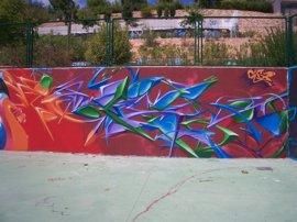 El programa de Fuenlabrada 'Borra el odio' para eliminar graffitis ofensivos, premiado por la FEMP