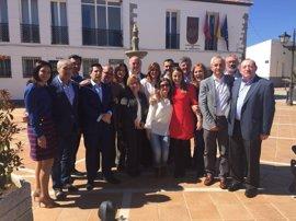 Susana Díaz y Antonio Ruiz destacan en la mesa del PSOE en el Guadiato la inversión de Junta y Diputación