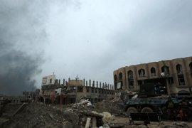 Las fuerzas de Irak expulsan a Estado Islámico de otro barrio ubicado en el oeste de Mosul