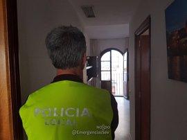 Detectados en Sevilla tres casos de hospedajes y balcones clandestinos para Semana Santa