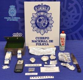 Desactivado un punto de venta de heroína y detenidas dos personas en la calle Industria de Logroño