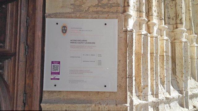 Entrada a la Catedral de Palencia