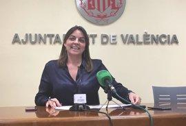 Menguzzato pide más participación y acuerdos con la ciudadanía en temas como prohibir aparcar en el carril bus