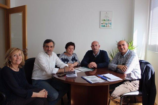 La Asociación 'Noesso' y la Diputación se han reunido para seguir colaborando.