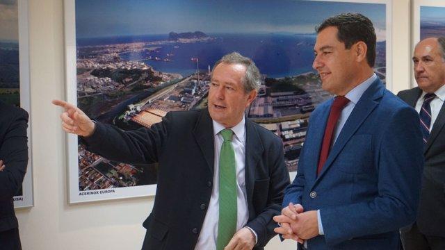 Juanma Moreno, presidente del PP-A, visita la planta de Acerniox en Los Barrios