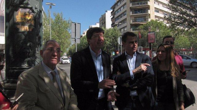 Juan Marín junto a representantes de Ciudadanos en Córdoba