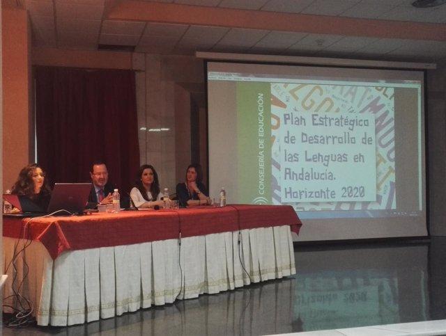 Presentación del Plan de Desarrollo De Las Lenguas