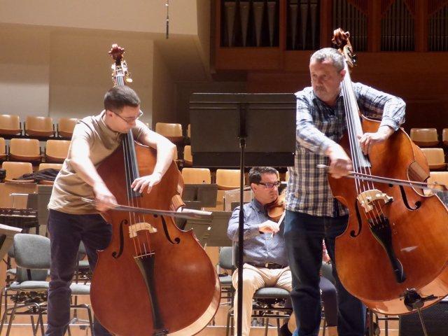 La Orquesta de València estrena en el Palau de la Música 'El gegant de fusta'