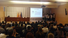 Más de un centenar de alumnos de FP Básica presentan sus cooperativas Icape