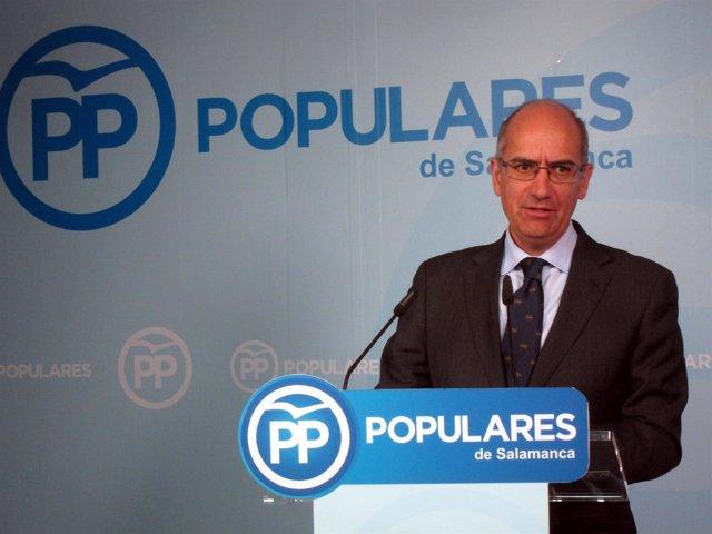 Javier Iglesias anuncia su intención de presentarse como precandidato