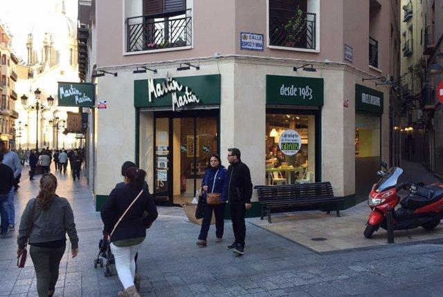 La cadena Martín Martín abre una nueva tienda en la calle de Alfonso.