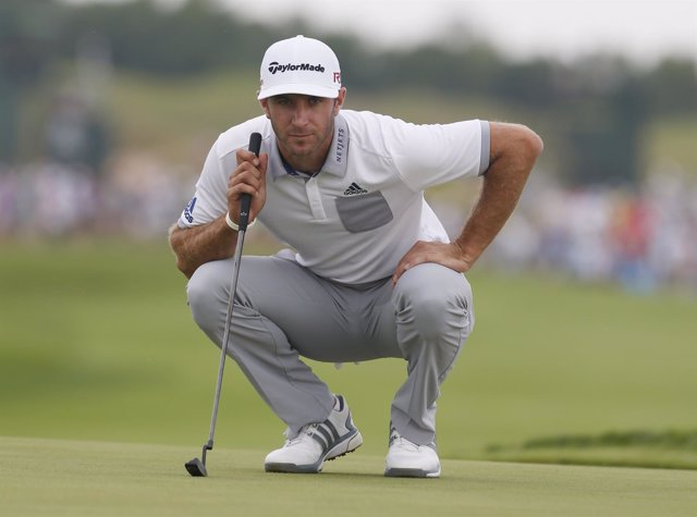 El golfista estadounidense Dustin Johnson
